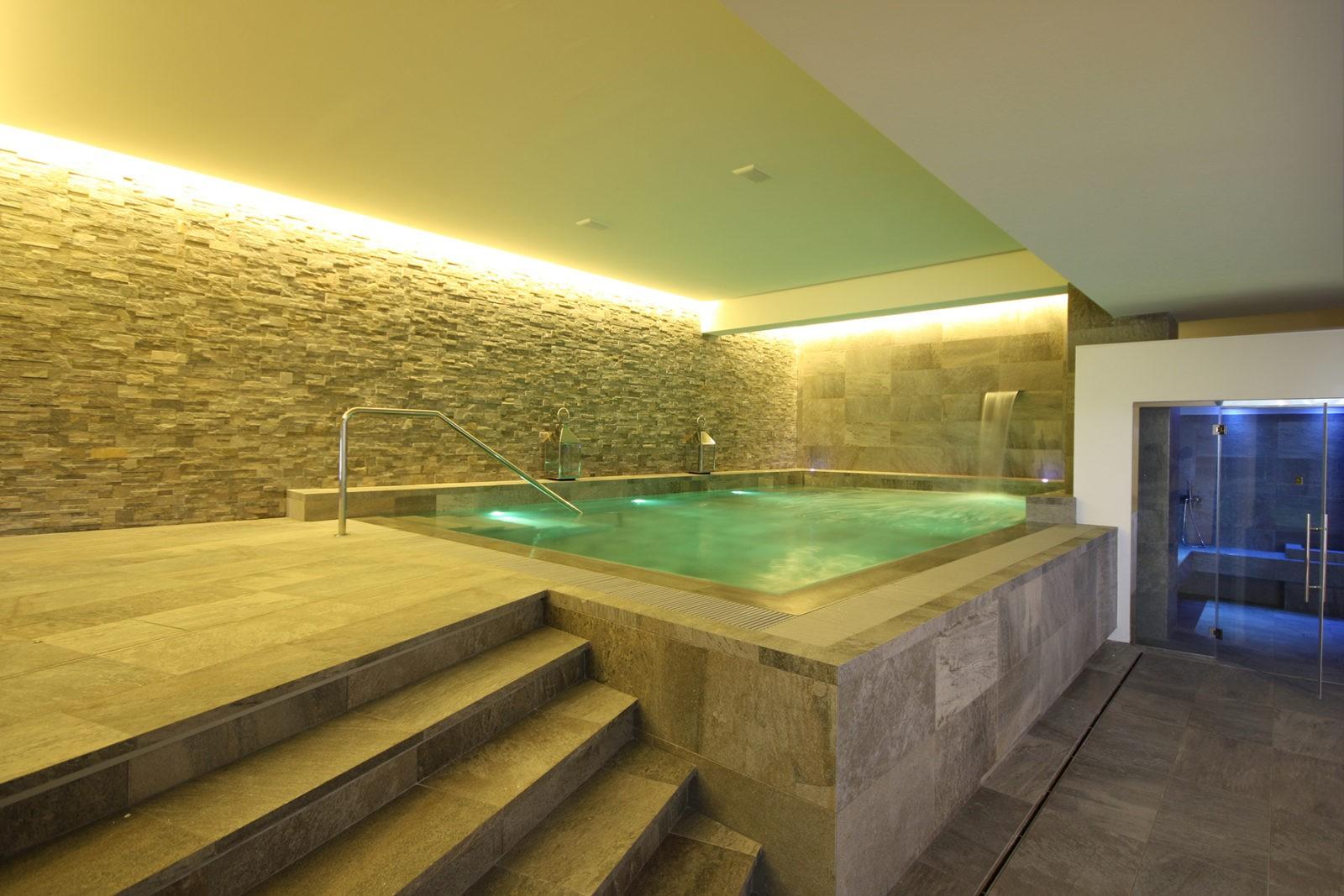 Hotel Mamiani vasca idromassaggio bagno turco