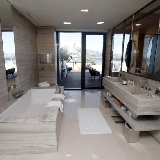 Suite con spa Hotel de Paris Montecarlo