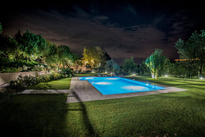 Villa Anitori piscina esterna notturna