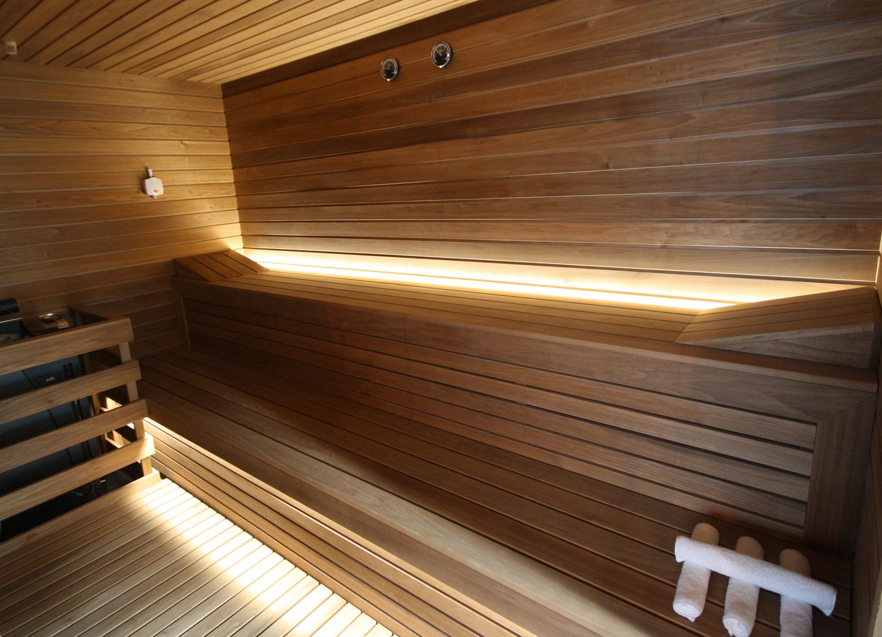 Sauna con Legno di Frassino Termocottoper Spa e Centri Benessere