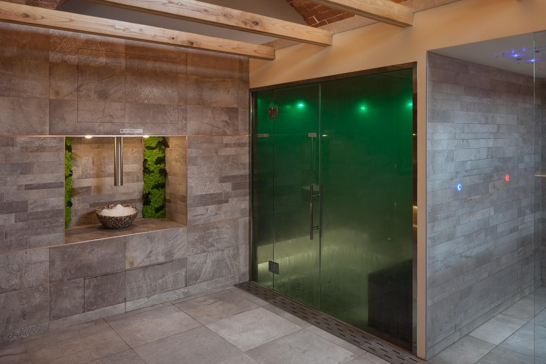 Bagno Turco ghiaccio e docce emozionali Tenuta di Artimino Villa medicea in Toscana